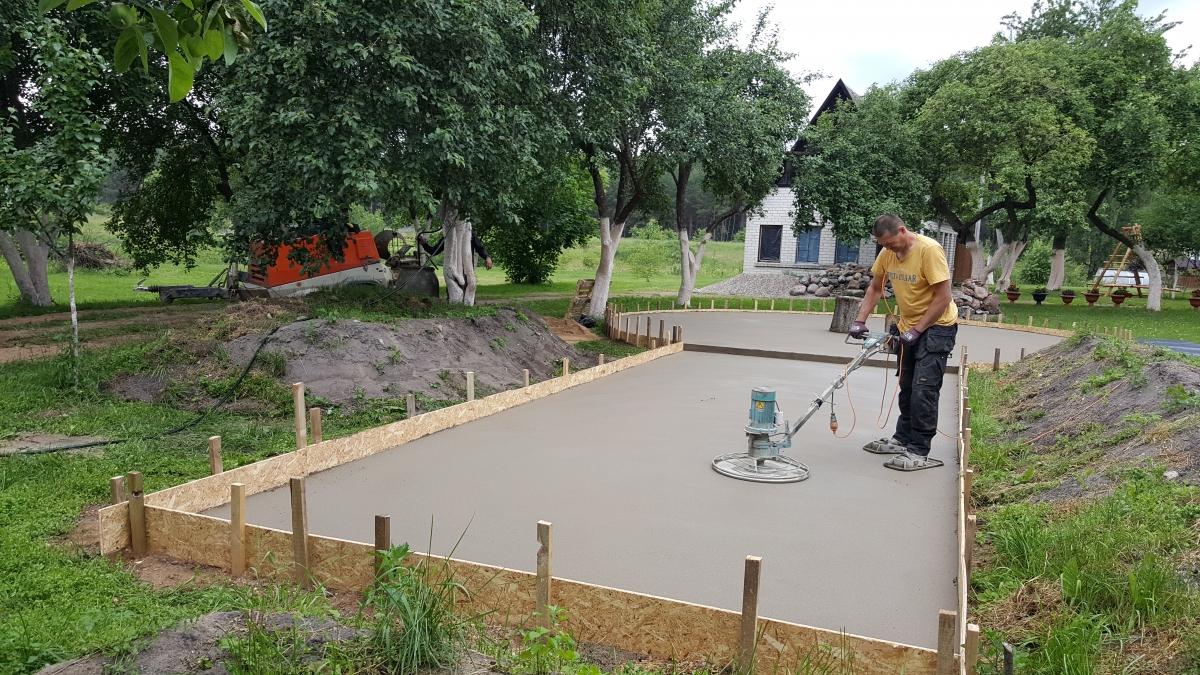 Grindu betonavimas sodyboje